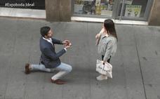 Y si un desconocido te pide matrimonio, ¿aceptarías?