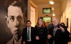 Hernández se exhibe 'A plena luz'