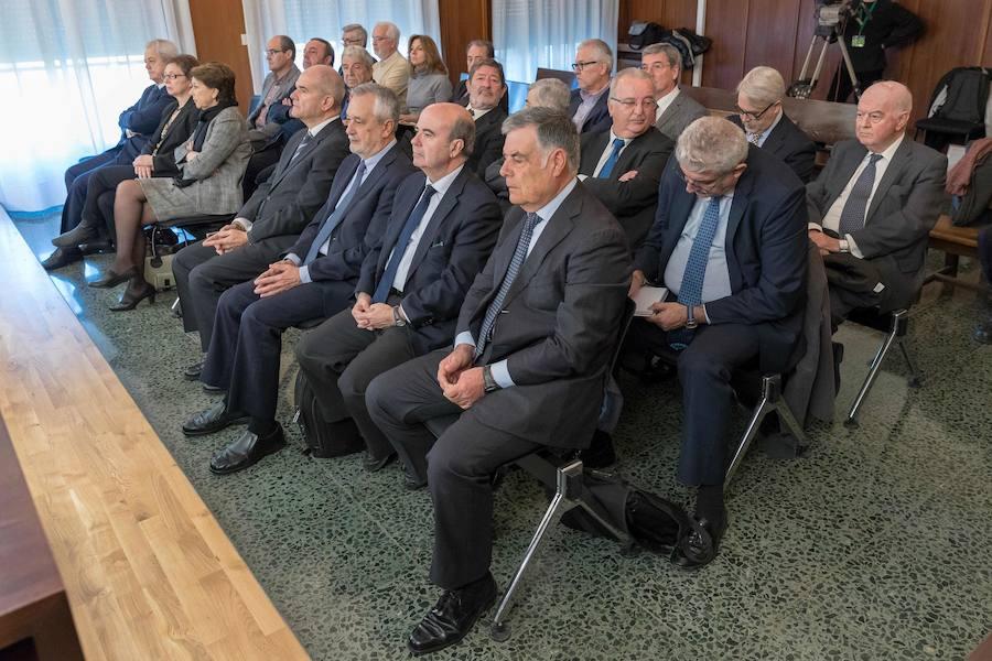 Primer día del juicio por el 'caso de los ERE'