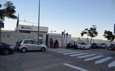 Investigan por qué una niña de tres años pasó cinco horas encerrada en un autobús escolar en Málaga