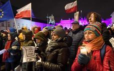 Bruselas activa el proceso para retirar el derecho a voto de Polonia en la UE