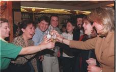 Hace 20 años, la Lotería de Navidad repartió en Granada 38.000 millones de pesetas