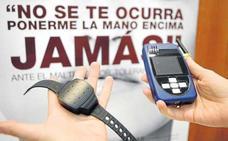103 maltratadores tienen pulseras de control en Jaén