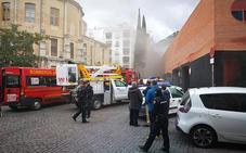 El Mercado de San Francisco reabre con normalidad tras el desalojo por un incendio en su cuadro eléctrico