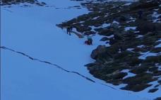 Rescatan a un montañero en Picón de Jérez tras precipitarse ladera abajo