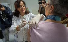 Granada declara la situación de epidemia por gripe dos semanas antes que el pasado año