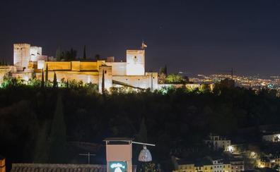 La Granada monumental, en penumbra