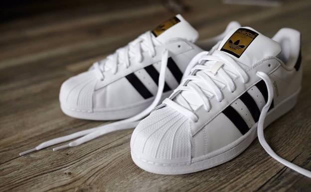 Ideal Zapatillas En 3 'chollos' Las De Adidas Rebajas Nef70w Con TK1c3JlF