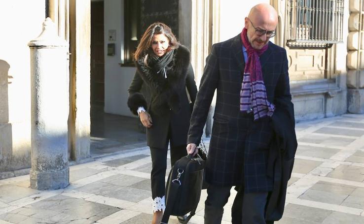 Acepta un año de cárcel el acusado de coger 162.000 euros de la habitación de hotel de Aída Nízar