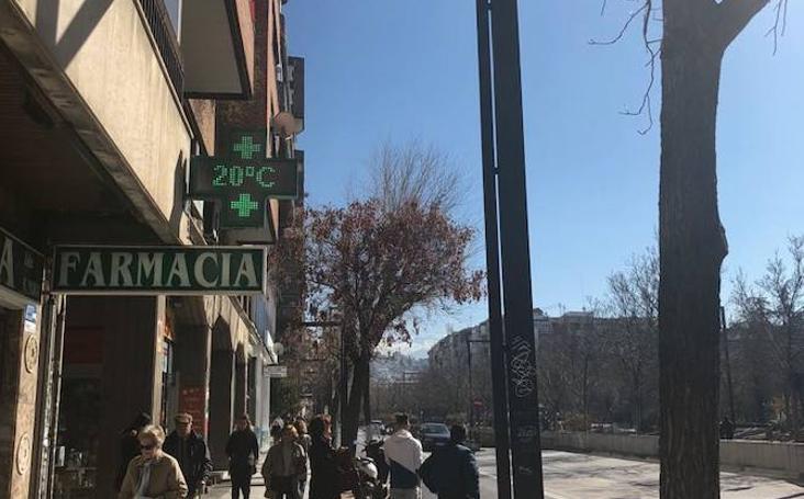 Los termómetros de Granada registran temperaturas altas en pleno mes de enero
