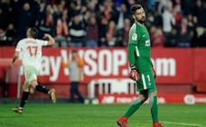 El Sevilla noquea al Atlético con las armas del enemigo