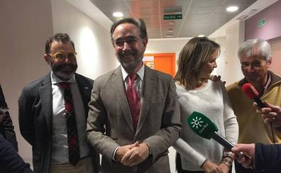 """Felipe López acusa al Ayuntamiento de """"dilatar"""" la puesta en marcha del tranvía de Jaén"""