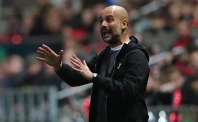 Guardiola: «Algunos gastan 300 o 400 'kilos' por dos jugadores; nosotros en seis»