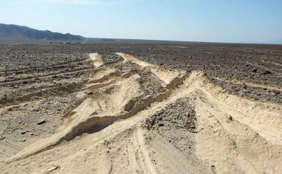 Un camionero arrasa el milenario Patrimonio de la Humanidad de las Líneas de Nazca por evitar pagar un peaje