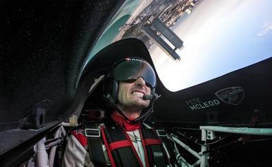 Así es ser piloto de acrobacias desde dentro del avión
