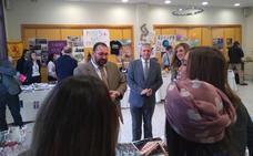 Más de 50 países, en la Feria de Turismo del centro educativo Hurtado de Mendoza