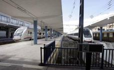 Siete horas de viaje en tren, taxi y autobús entre Madrid y Jaén