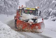 Más de 270 carreteras secundarias afectadas por la nieve