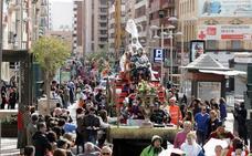 El desfile de Carnaval afecta mañana al tráfico del centro y a dos líneas de buses