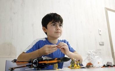 El niño que renunció a sus regalos de Comunión por una causa solidaria reune 7.000€