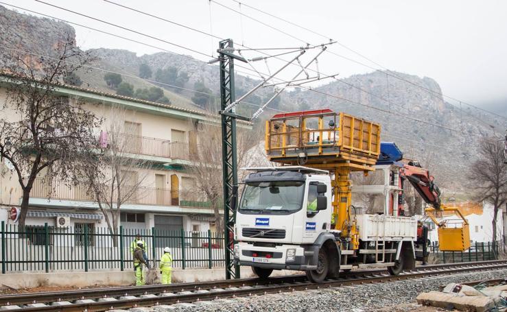 Las obras del AVE y los aparcamientos de la estación de Renfe, en imágenes