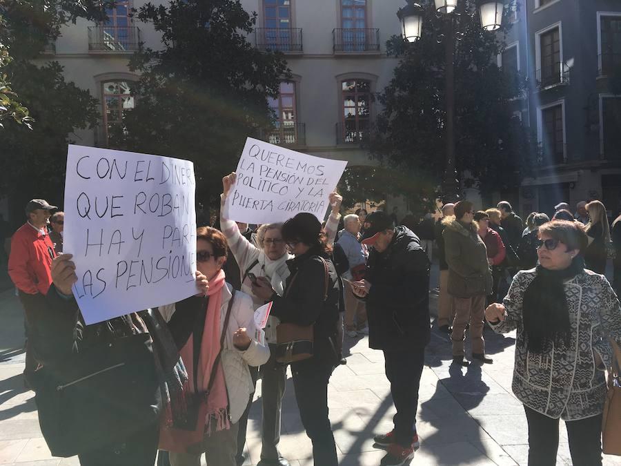 Protesta por las pensiones en Granada