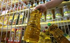 La diferencia de precio castiga al aceite de oliva y lanza al de girasol en los hogares españoles