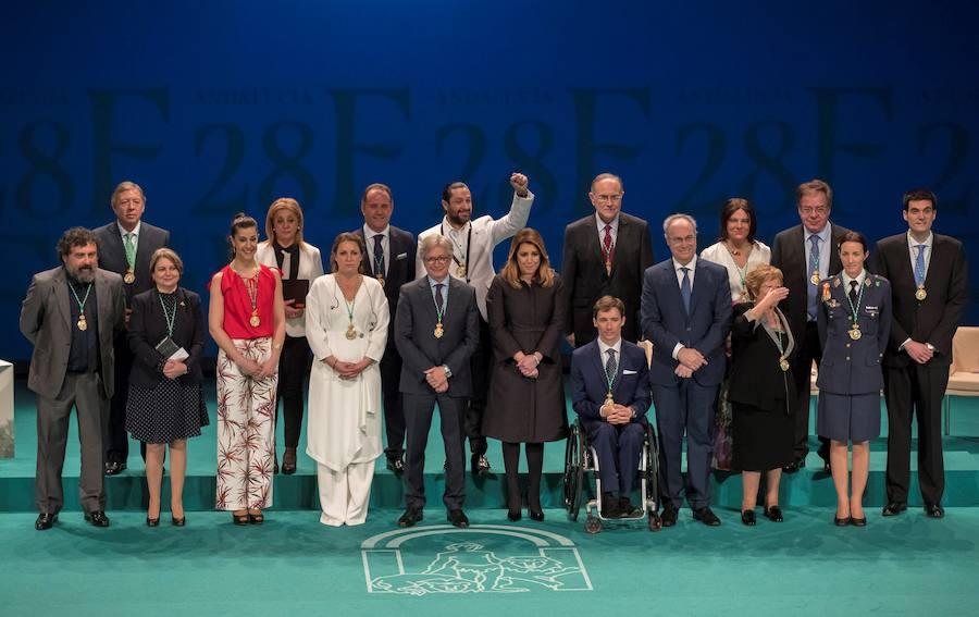 Acto de entrega de medallas y de título de Hijo Predilecto de Andalucía