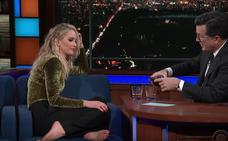 Jennifer Lawrence se emborracha en pleno 'prime-time', se descalza y habla sin tapujos