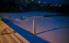 Muere por hipotermia durmiendo en la caja de un camión abandonado en Asturias