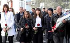 La izquierda abertzale acude por primera vez al homenaje a Isaías Carrasco
