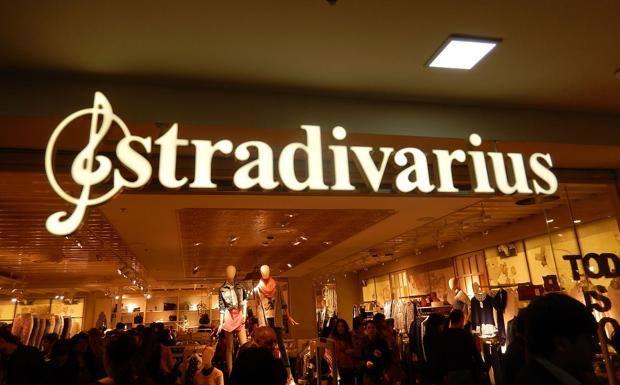 La prenda clásica que Stradivarius hace para esta primavera y que se vende por menos de 20 euros