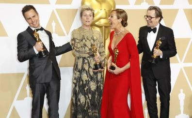 'La forma del agua' triunfa en los Oscar con los premios a mejor dirección y mejor película