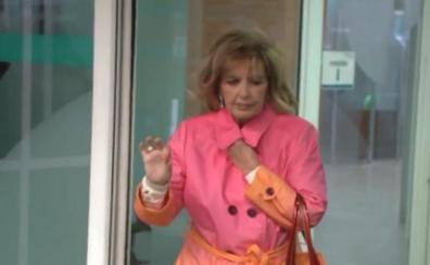 María Teresa Campos vuelve a visitar el hospital