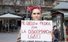 """""""No te quedes de piedra"""": la última iniciativa realizada en Granada contra la desigualdad de género"""
