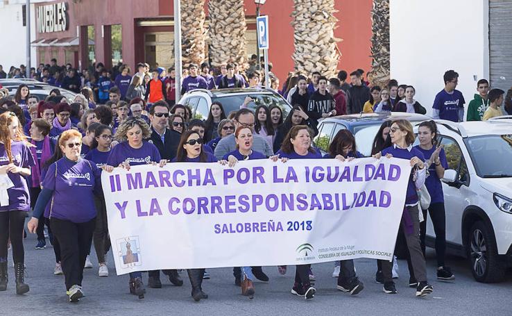 Marcha por la igualdad y la corresponsabilidad en Salobreña