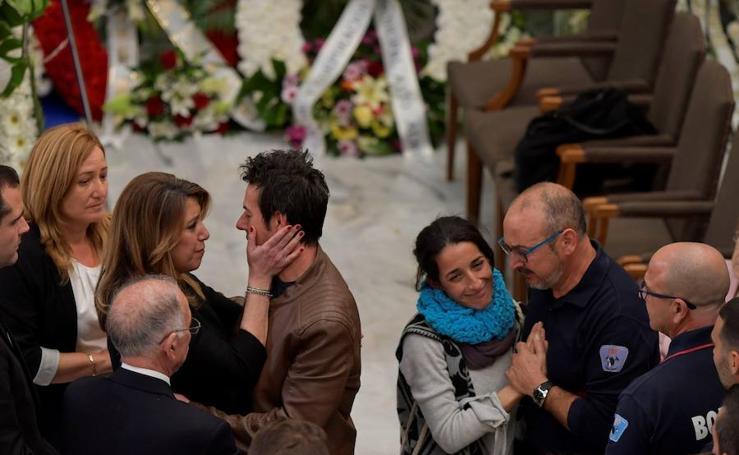 La familia de Gabriel, rota de dolor en la capilla ardiente del pequeño