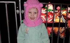 """""""Es alucinante"""": la extraña enfermedad de una niña que se congela en minutos"""