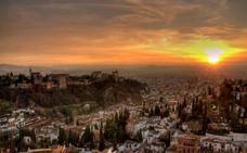 Granada vs Estambul: el duelo que hay que ganar para ser 'La mejor ciudad para visitar en 2018'