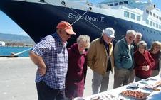 Dos buques con 1.100 ocupantes inauguran la temporada de cruceros en el Puerto de Motril