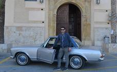 José Carlos Carmona 'vive en otra época' con un Mercedes Pagoda