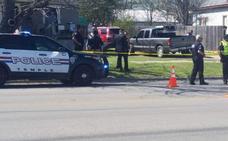 Un niño de 4 años dispara a su hermano de 7 meses