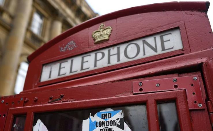 Las cabinas de teléfono todavía resisten