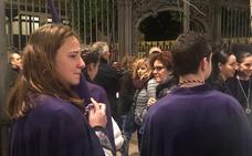Dolor entre los hermanos de La Lanzada tras verse obligados a suspender su estación de penitencia