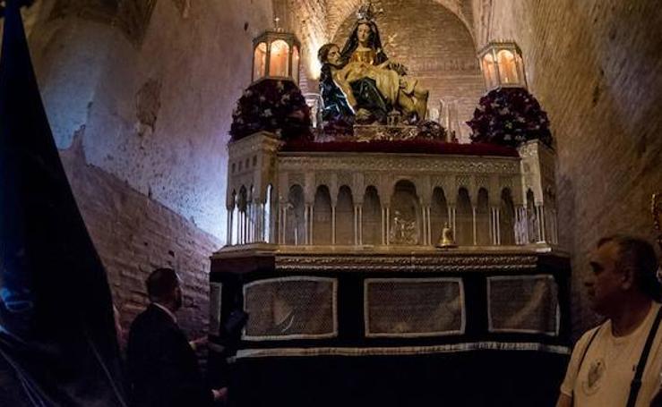 El momento más emocionante de la Semana Santa de Granada