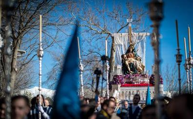 Todas las fotografías del Sábado Santo en Granada
