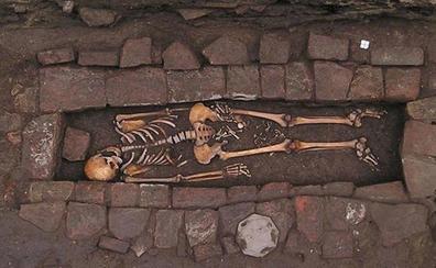 La misteriosa tumba de la mujer que dio a luz después de ser enterrada