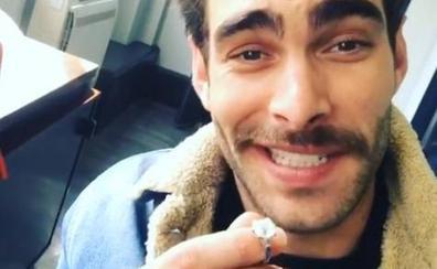 Jon Kortajarena le pide matrimonio a La Vecina Rubia en Instagram