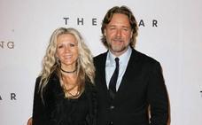 La extraña y exitosa subasta de Russell Crowe para pagarse el divorcio