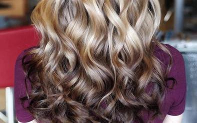'Mechas invertidas', la nueva tendencia para tu pelo que arrasará este verano